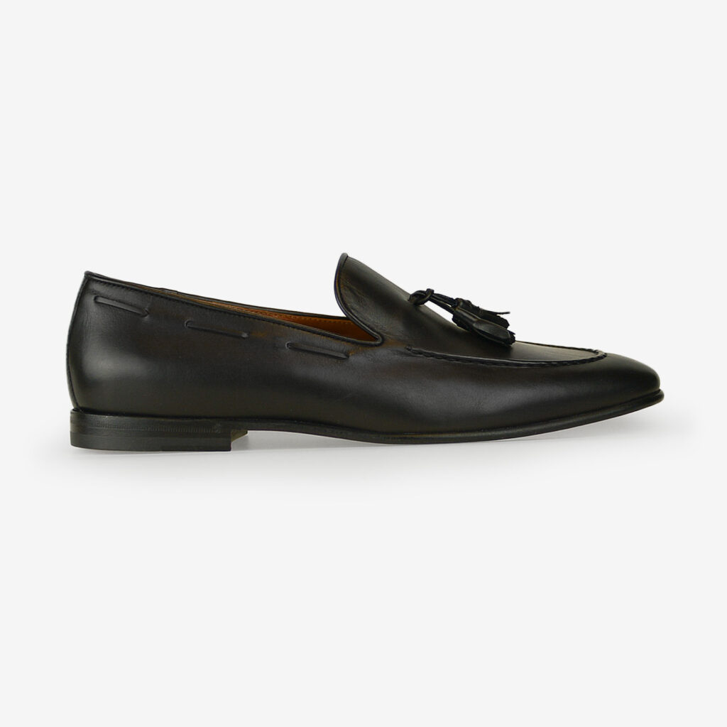 made in italy man tassel loafers shoes leather elegant black