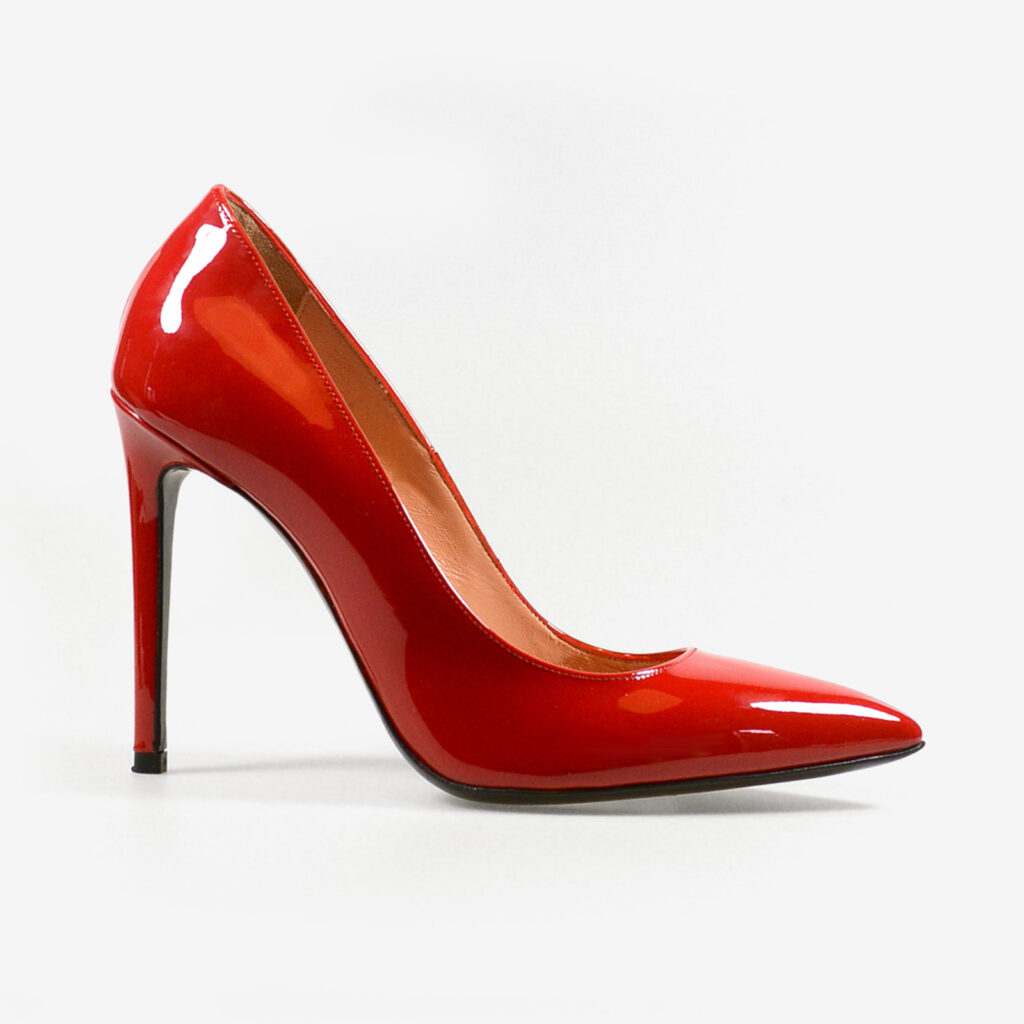 made in italy woman patent leather elegant decollete